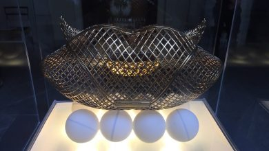 Photo of Designer Releases First Ever Collection of Metal 3D Printed Purses at Milan Fashion Week