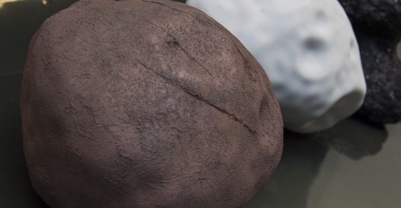 Photo of ESA uses 3D printed asteroid models to test spacecraft navigation and landing systems