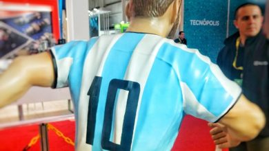 Photo of Life size Lionel Messi 3D printed using Chimak Dynamic 3D printer for furniture