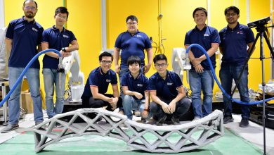 Photo of NTU Singapore shows two 3D printing construction robots are better than one