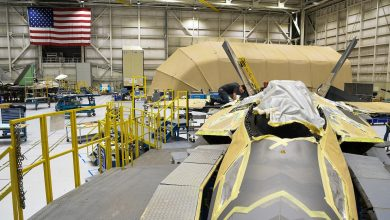 Photo of U.S. Air Force installs first 3D printed metal part on F-22 fighter aircraft