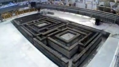 Photo of Construction 3D printer used to make electrical room in Guangzhou [video]