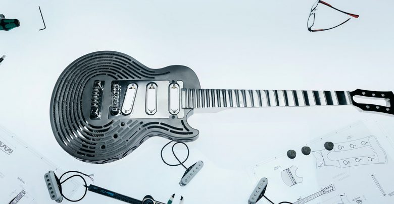 Sandvik Smash-proof guitar