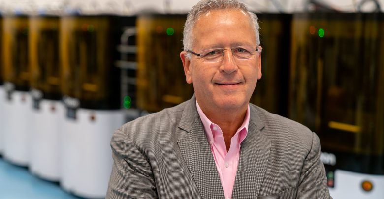 Photo of Carbon co-founder Dr. Joseph DeSimone joins Stanford University faculty