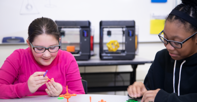 Photo of MakerBot's SKETCH Classroom facilitates 3D printing integration in schools