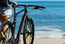 Photo of Superstrata debuts world's first custom 3D printed unibody carbon fiber e-bicycle