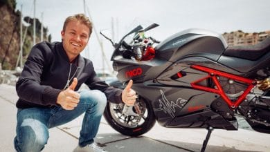 Photo of Nico Rosberg raffles off his 2018 Energica EGO in fight against Covid-19