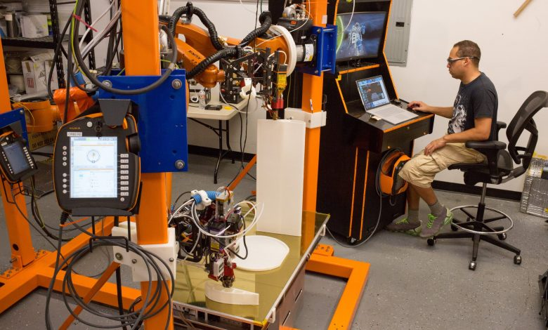Photo of Orbital Composites and ORNL collaborate to advance robotic composite AM