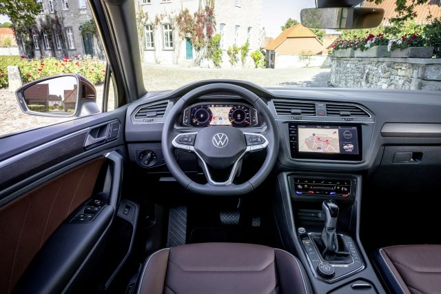 Volkswagen Tiguan R-Line. With its Stratasys J850 3D Printers, the Volkswagen Pre-Series-Center is able to print ultra-realistic prototypes for interior vehicle applications, thus enhancing automotive design.