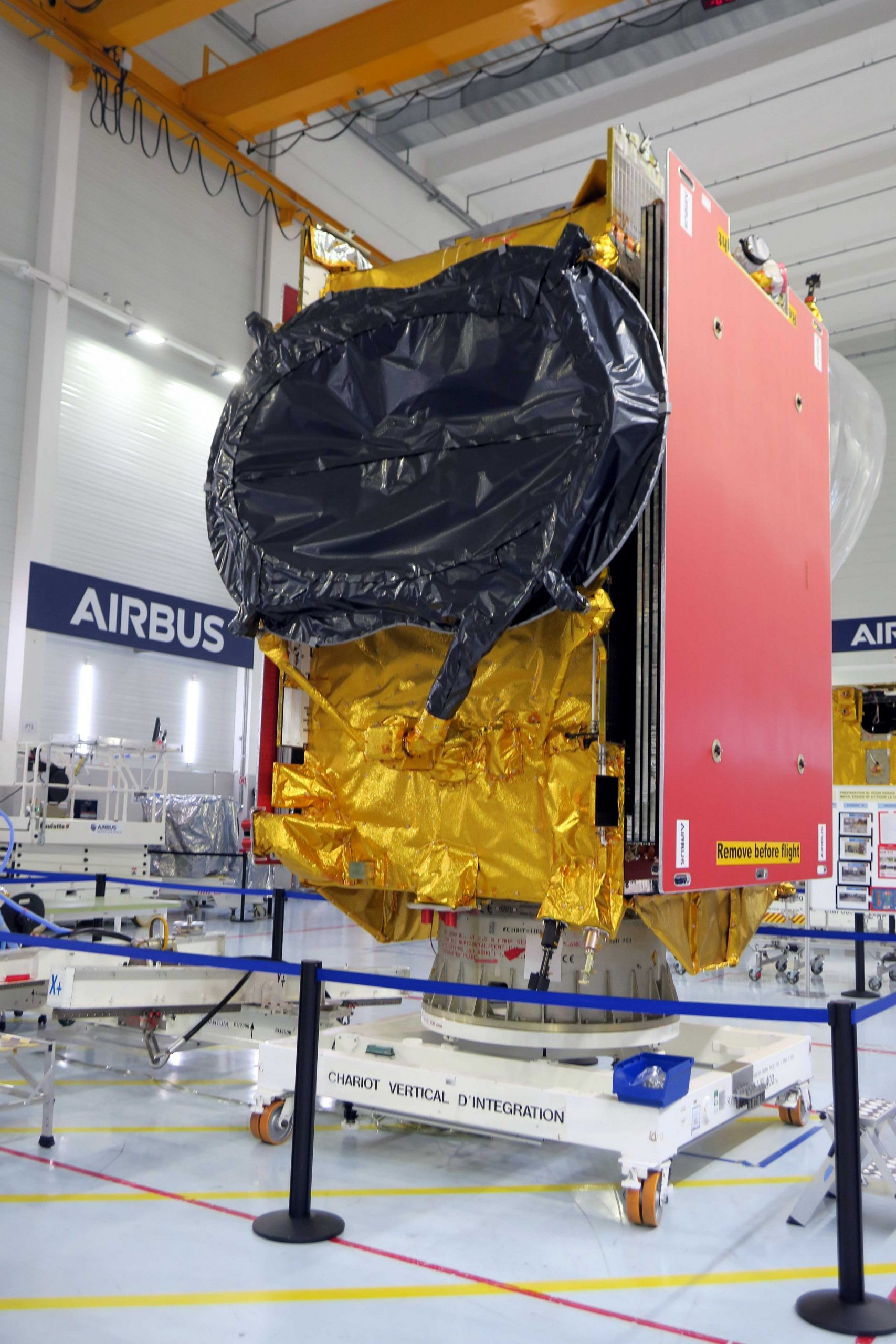 EUTELSAT QUANTUM satellite with 3D printed parts shipped to launch site